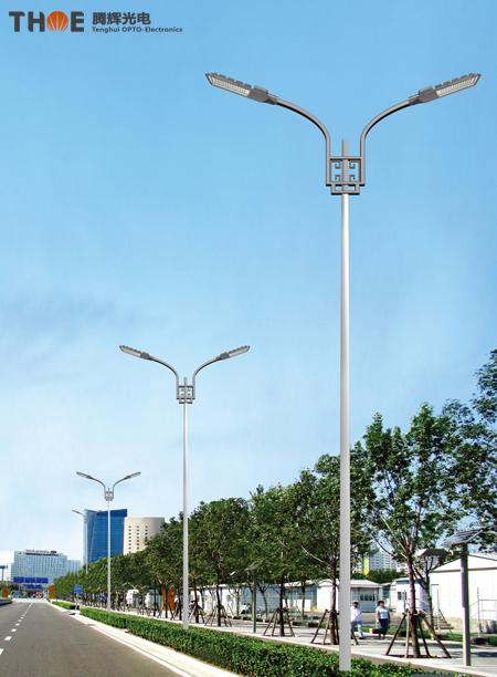 城市道路交汇LED路灯